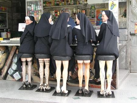 John les nonnes ! Pic26610