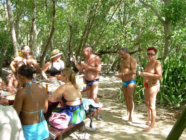 Hamac-Party à l'Anse Meunier Janvier 2007 !!! Barbeu29