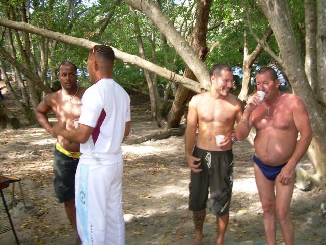 Hamac-Party à l'Anse Meunier Janvier 2007 !!! Barbeu44