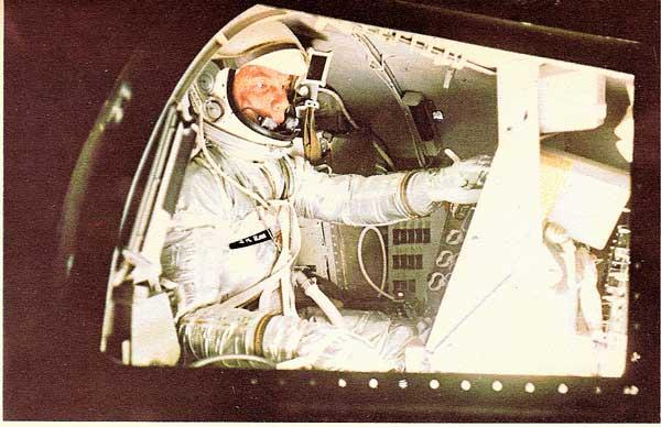 """Livres : """"Cosmos"""" Carl Sagan sur e-bay Cooper10"""