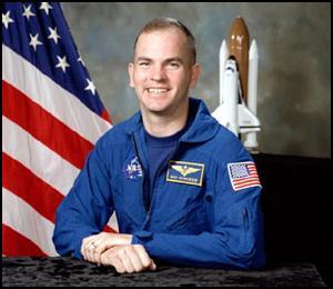 STS-117 : Préparations S95-0510