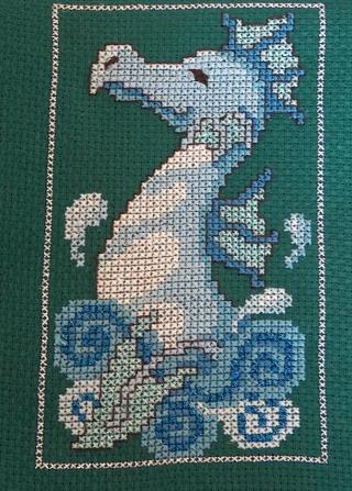 http://i10.servimg.com/u/f10/10/05/67/61/dragon11.jpg