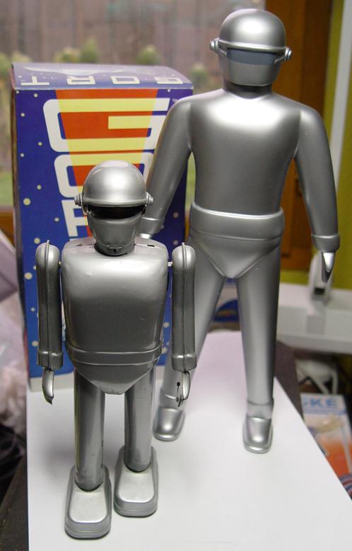 Les robots - Page 3 Dsc01610