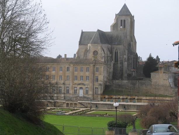 abbatiale de Celle sur belle Img_0524