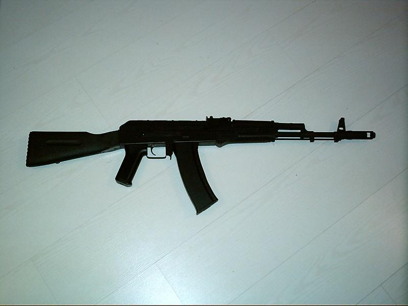 AK74 CYMA d'Allan Imag0010
