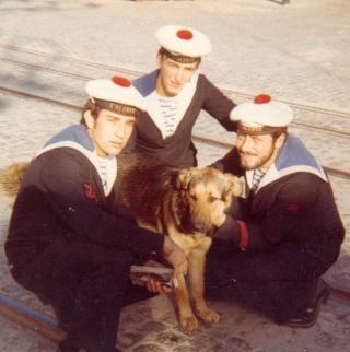[ Les traditions dans la Marine ] LES MASCOTTES DANS LES UNITÉS DE LA MARINE - Page 3 Mascot10
