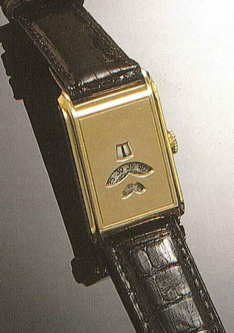 [vintage] Les montres bracelets à heures sautantes Lusina10