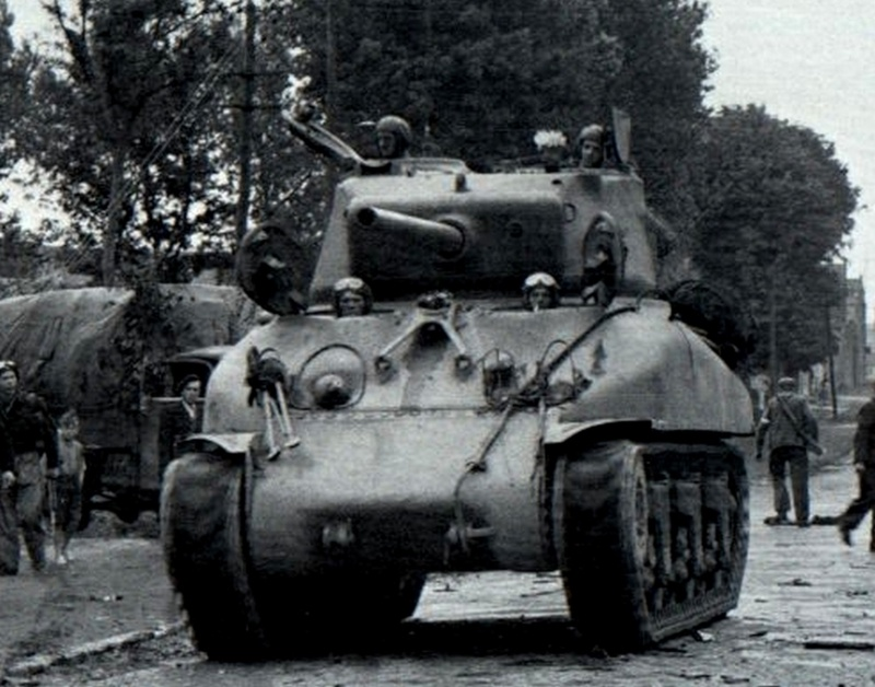 MEDIUM TANK SHERMAN M4 A1 76MM Oiuf1010