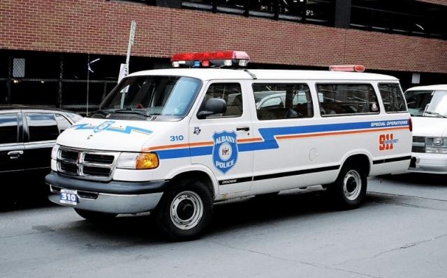 les versions police!! Cnpca410