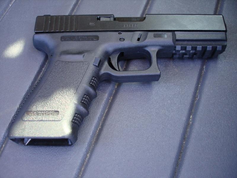 Nouveau Glock 2007, le 21SF. Dsc00510