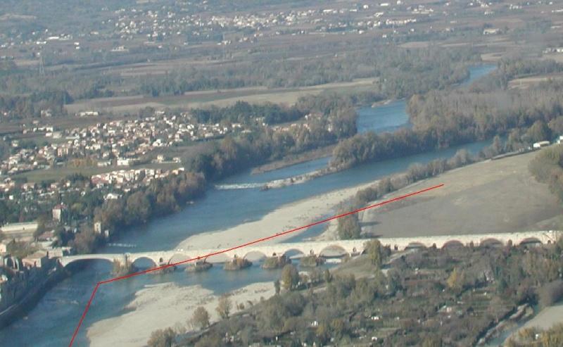 Aérodrome de Pont st Esprit  LFND Dificu12