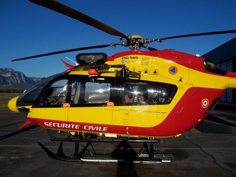 EC 145 sécurité civile grenoble le versoud 100_7211