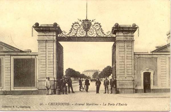 [Activité des ports hors Marine] LE PORT DE CHERBOURG - VOLUME 001 Arsena13