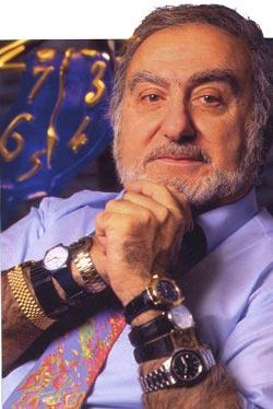 Nicolas Hayek ses montres au poignet.... Cap_1210