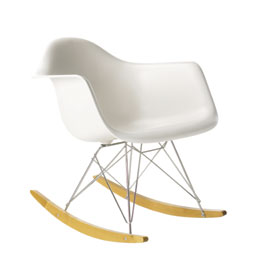 fauteuil rocking chair by eames. Black Bedroom Furniture Sets. Home Design Ideas