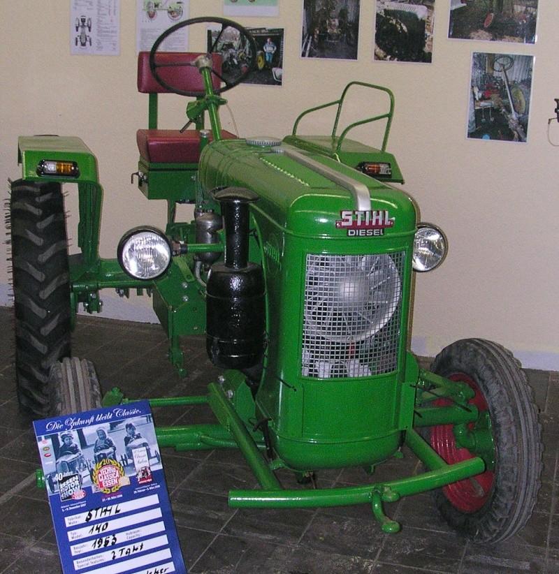 stihl aussi des tracteurs. Black Bedroom Furniture Sets. Home Design Ideas
