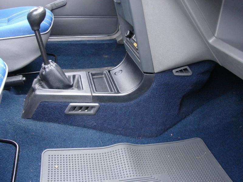 planete 205 205 junior gris futura des new 39 s le parking 205. Black Bedroom Furniture Sets. Home Design Ideas