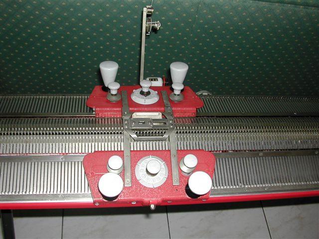 singer machine a tricoter trouvez le meilleur prix sur. Black Bedroom Furniture Sets. Home Design Ideas