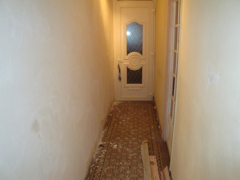 carrelage et mur de mon couloir. Black Bedroom Furniture Sets. Home Design Ideas