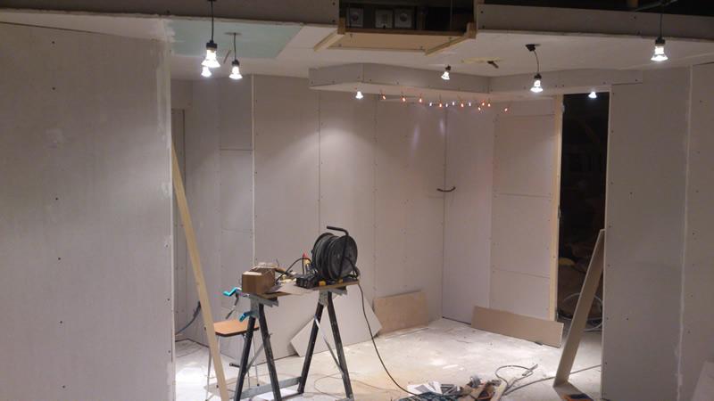 hiddukel 39 s mediaroom playseat cockpit 98 page 96 29955089 sur le forum installations. Black Bedroom Furniture Sets. Home Design Ideas